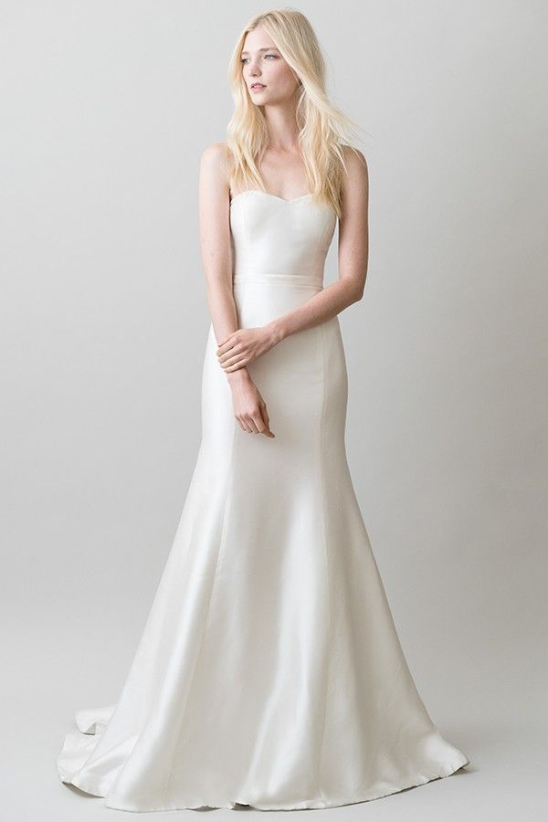 The London Bridal Gown By Jenny Yoo 1 695 A Sleek Silk That Allows Bride To Create Her Unique Wedding Look Elegantwedding Cly