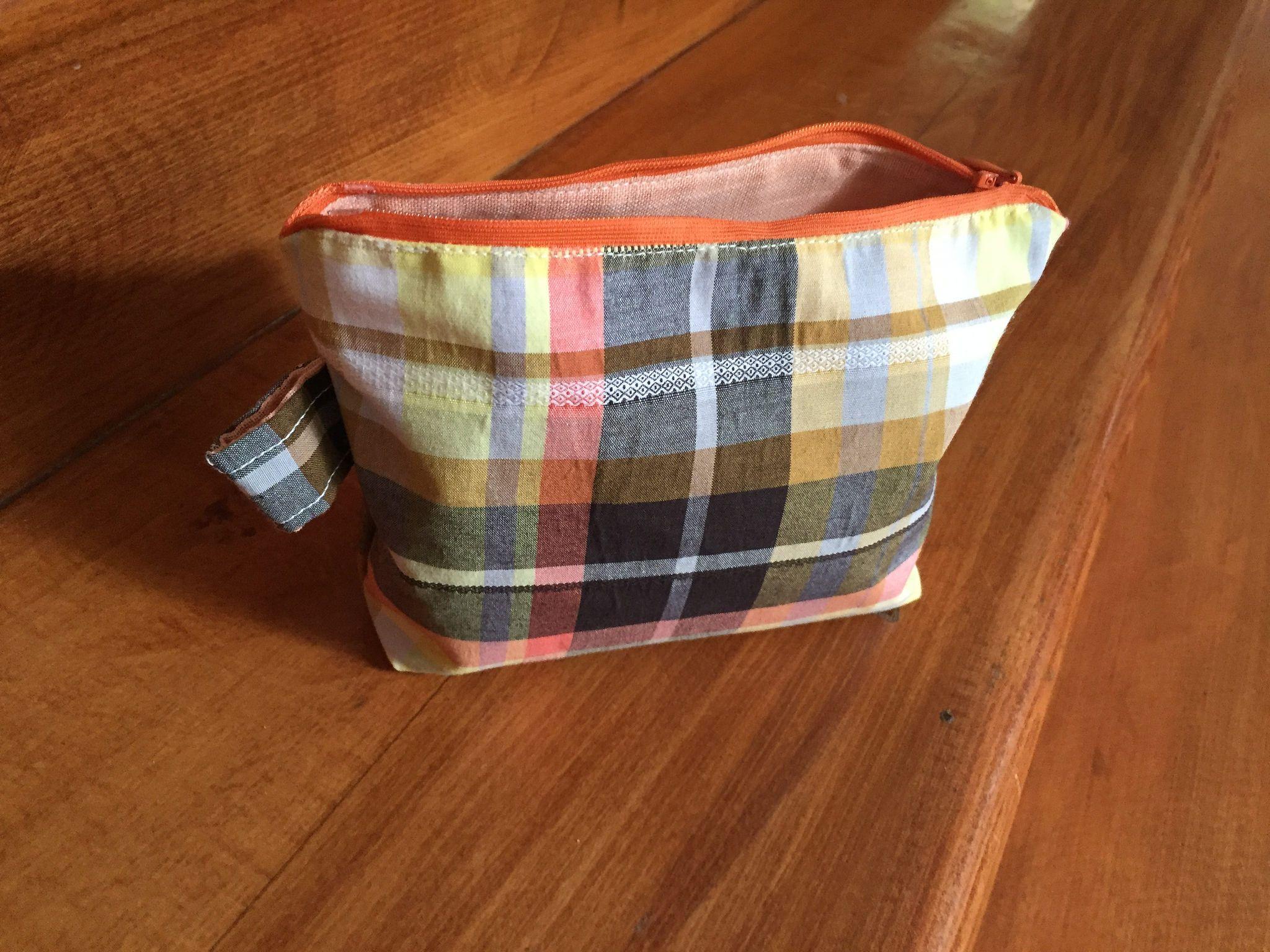 zippered small bag Handmade by KeLo