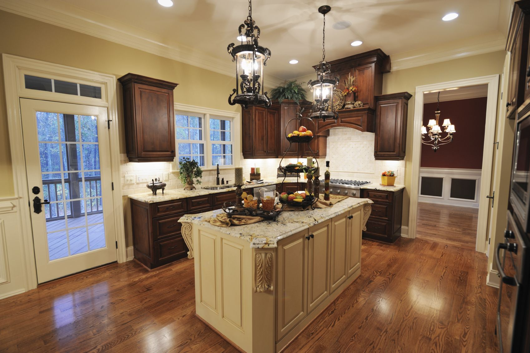 Kitchen paint colors with light wood cabinets - 41 Luxury U Shaped Kitchen Designs Layouts Photos