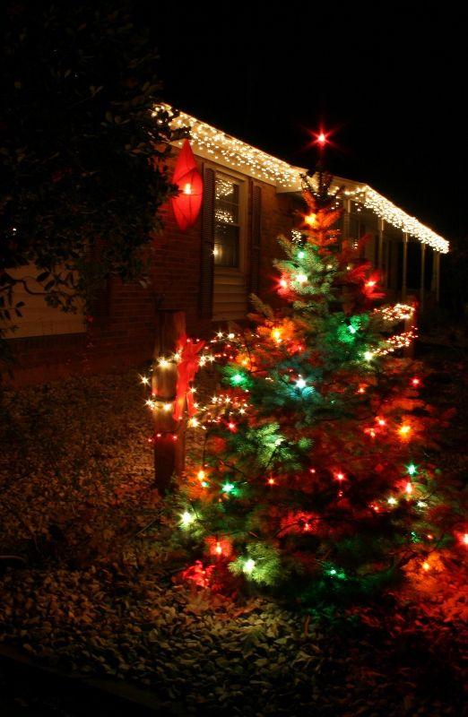 Outside Christmas Lights Use Icicles Big Colored Bulbs