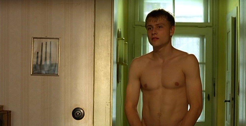 Видео голых артист в фильмах, транссексуалки в минске