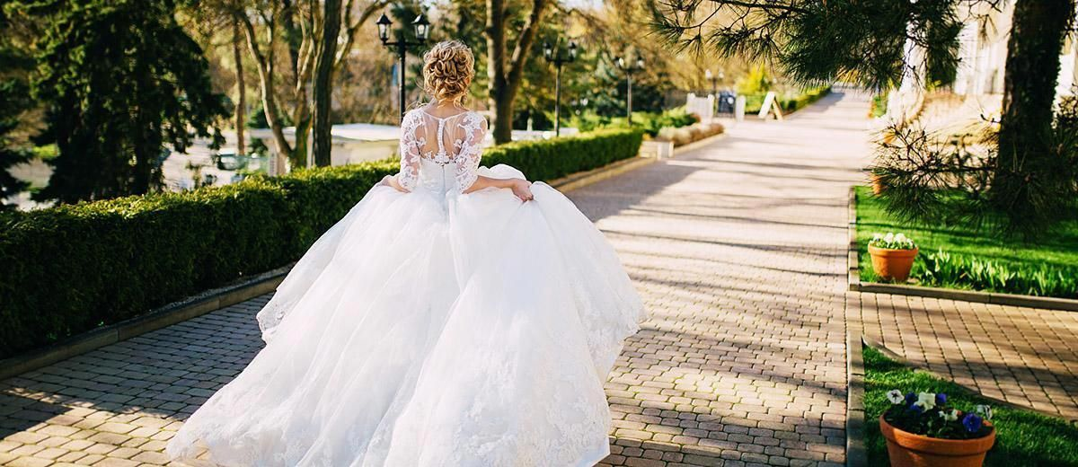 backless wedding dresses featured #backlessweddingdress #greekweddingdresses backless wedding dresses featured #backlessweddingdress #greekweddingdresses