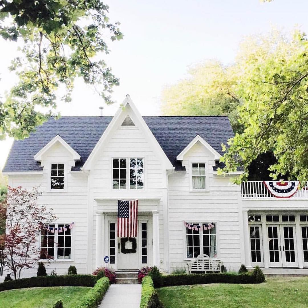 American Colonial Homes Design: Was Never Into All-white-everything Exteriors Until We