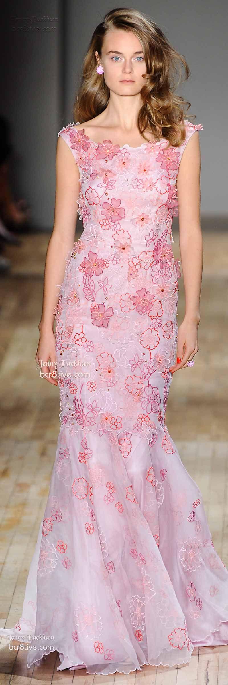 Jenny Packham Spring 2015 | Rosas, Blanco y Vestiditos