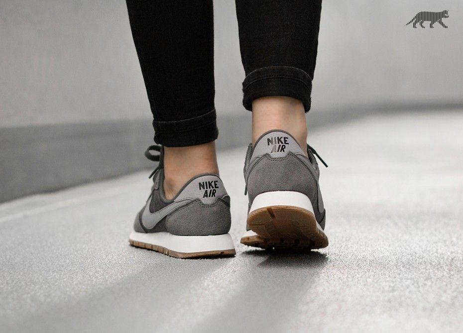 competitive price b431a bf03f Nike Wmns Air Pegasus 83 - Dark Grey Stealth-Black - Google-søk