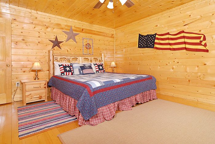 Chateau De Awesome Views- bedroom #pigeonforge #tennessee #cabin #cabinrental #smokymountain #vacation
