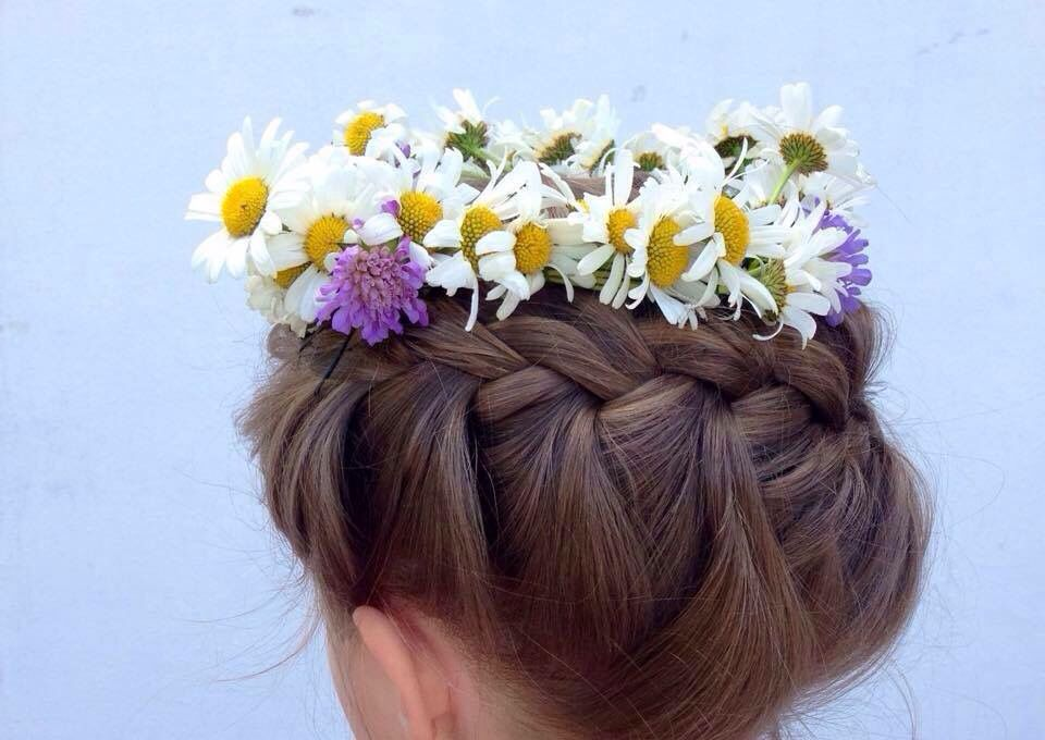 crown braid   Gretchenzopf Gretlfrisur flowerhair hair natural style wedding hair braids