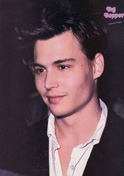 Pin de Tori en Johnny depp 1990 | Johnny depp, Que guapo ...