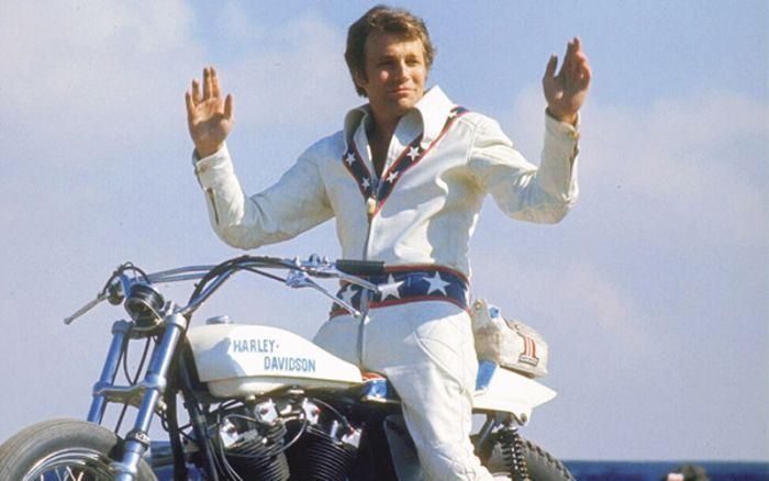 1972 Harley Davidson Xr750 Evel Knievel Stunt Bike: Evel Knievel The Iconic Daredevil Evel Knievel Poised On