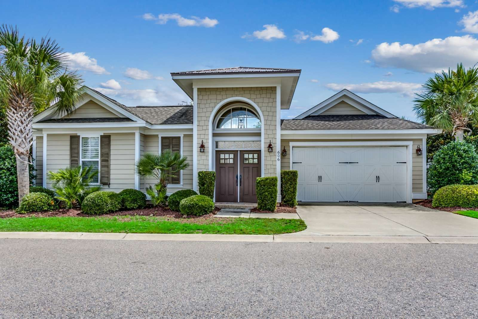 Pin by Tamiko Thomas on homes in 2020 North myrtle beach