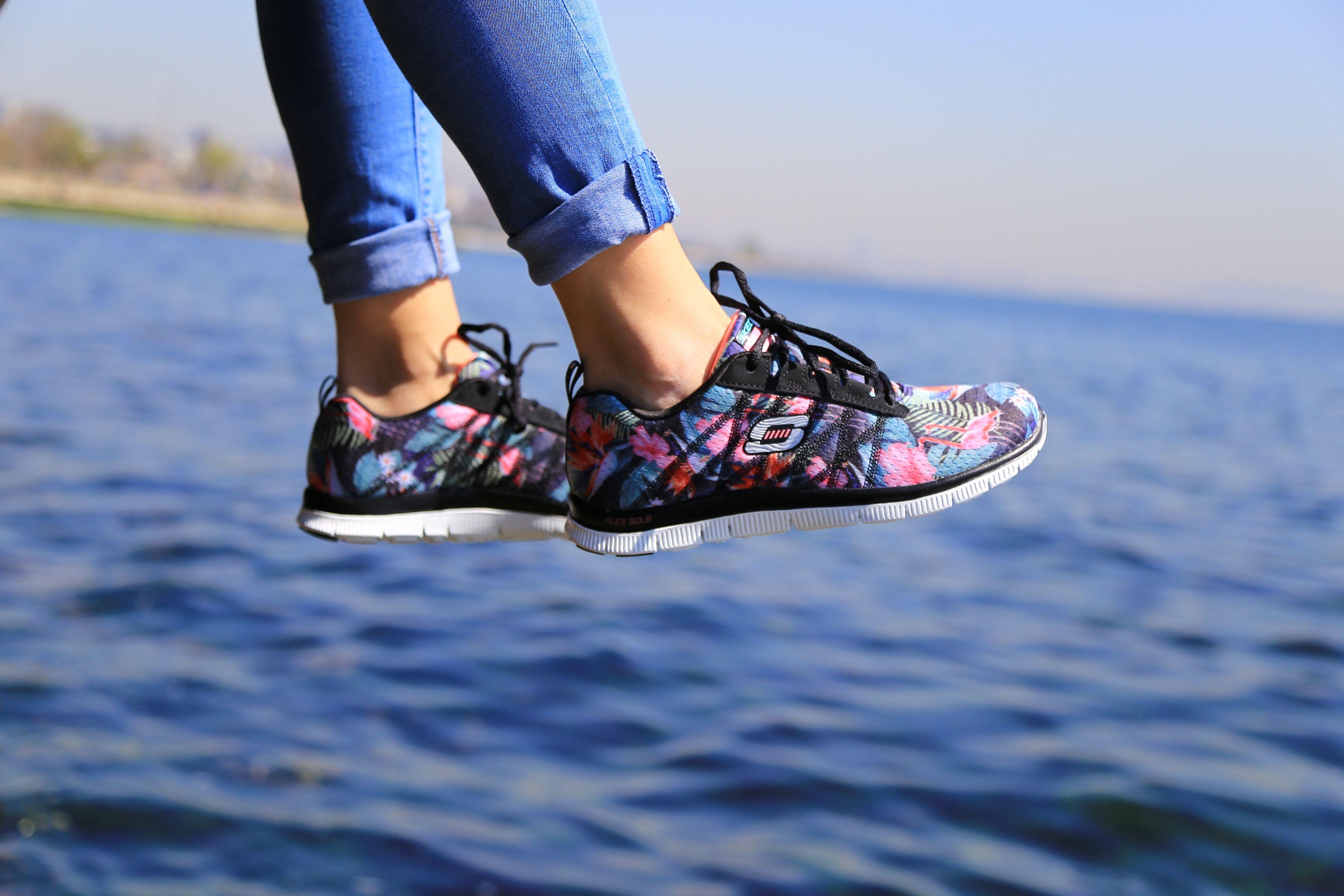 Flex Appeal Floral Bloom Skechers Shoes Fashion