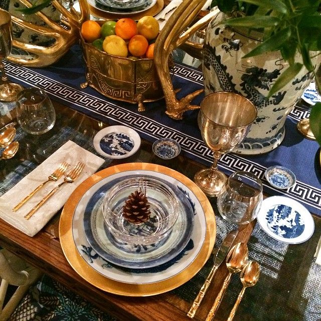 Beautiful tablescape by @parkerkennedyliving @atlantahomesmag Home for the Holidays. #design #InteriorDesign