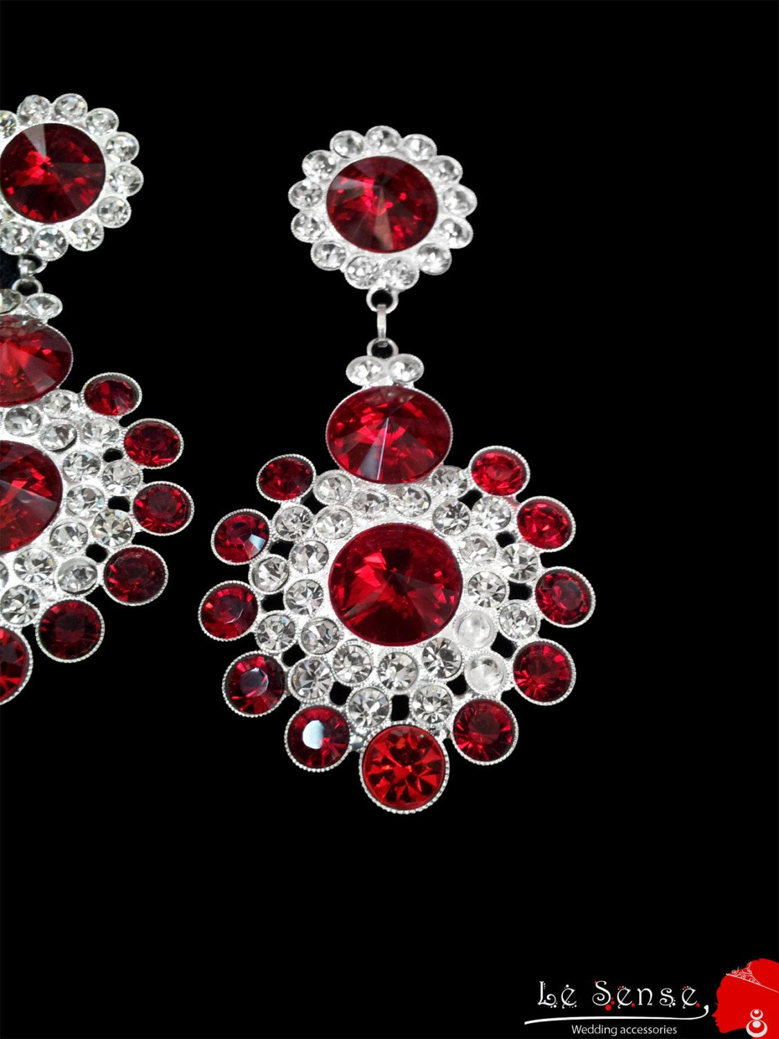 Wedding earring earring with clear white and red crystals earring wedding earring earring with clear white and red crystals earring for a wedding chandelier earrings wedding inlaid with colored crystals arubaitofo Choice Image