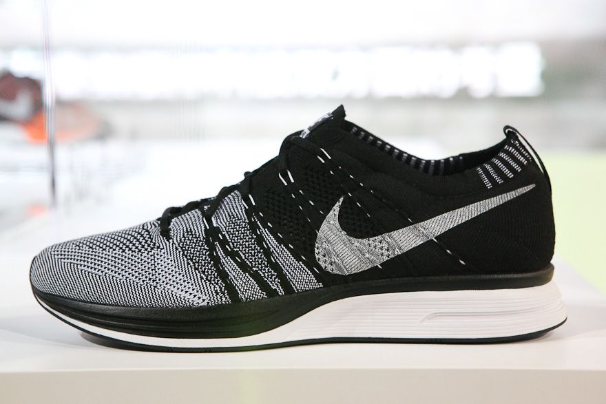 nike flyknit trainer or racer