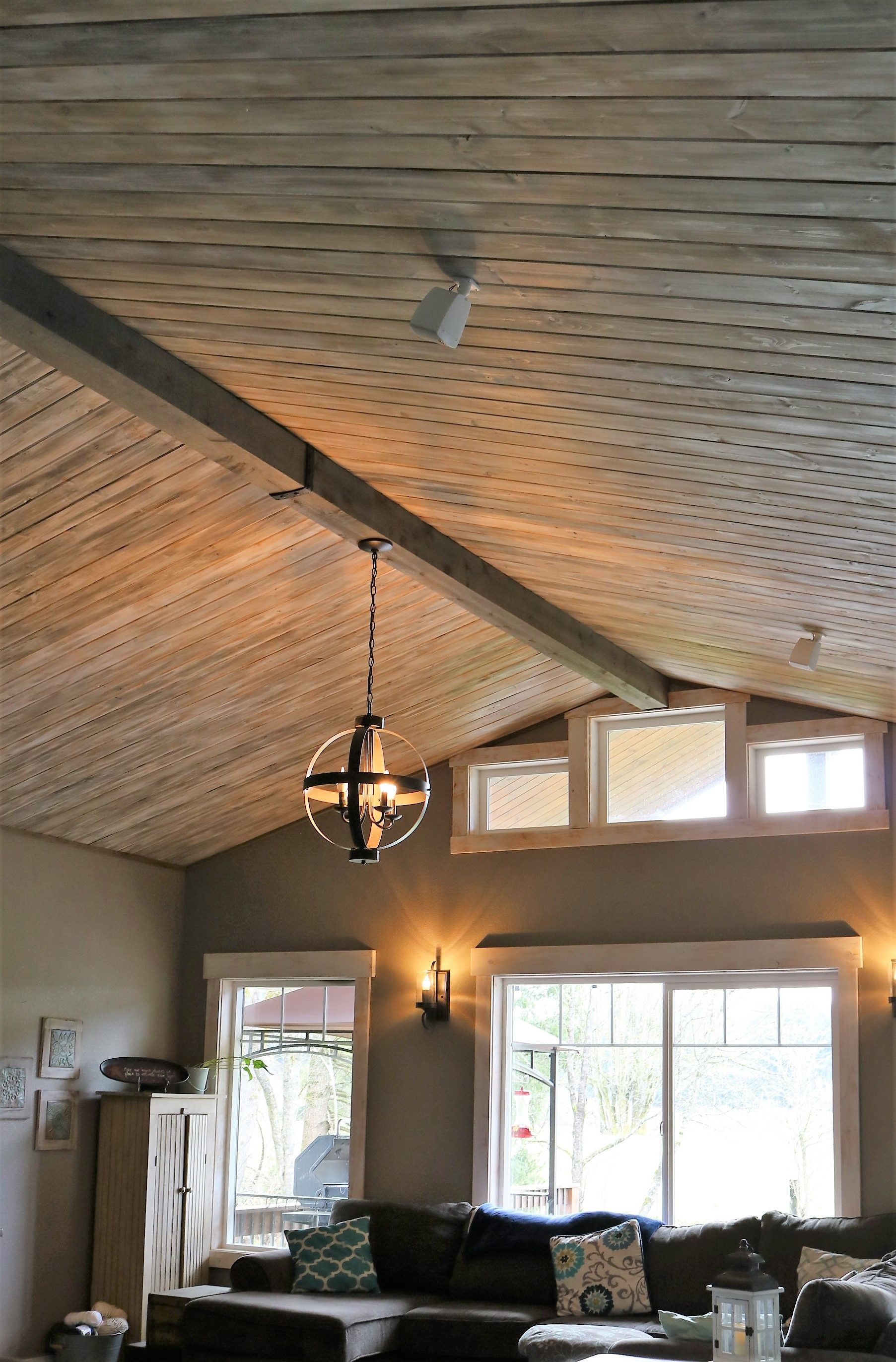 Tongue And Groove Pine Distressed Paint Technique With Faux Cedar Beam Tongue And Groove Walls Tongue And Groove Ceiling Tongue And Groove