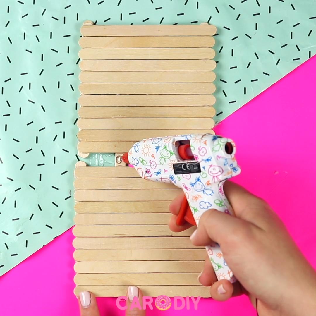 DIY Stiftehalter aus Eisstäbchen
