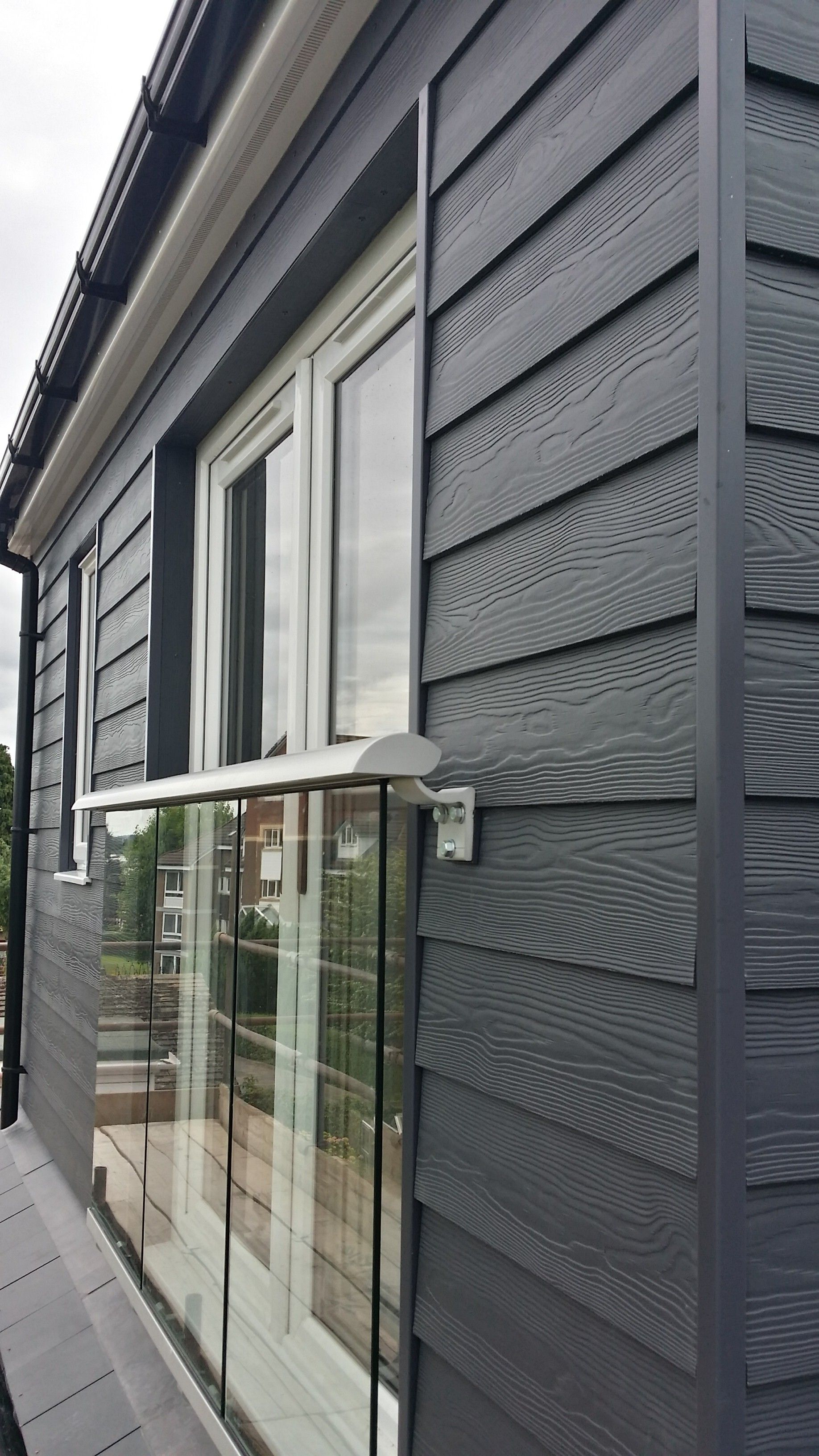 Fibre cement cedral weatherboard external cladding is the for Weatherboard garage designs