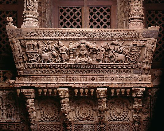 The carved wooden dome, balconies and supports of this architectural  ensemble bel… | Indian temple architecture, Indian architecture, Ancient  buildings architecture