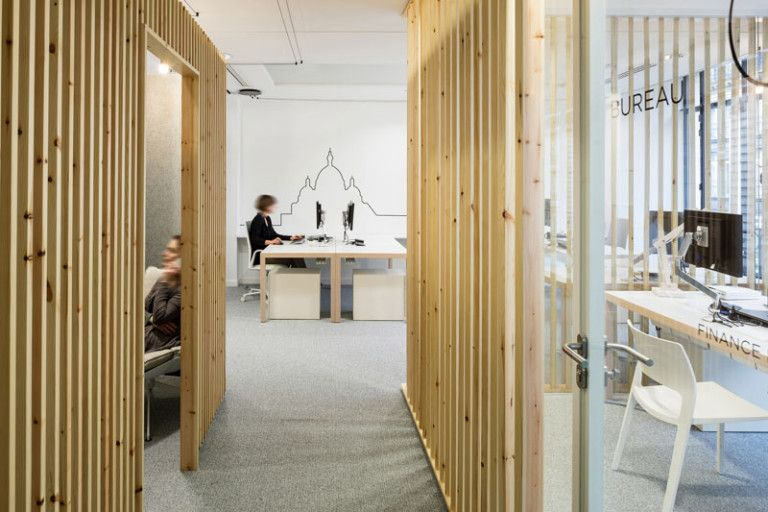 how to make a design impact using simple pieces of wood | office, Innenarchitektur ideen
