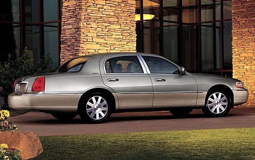 best 25 2006 lincoln town car ideas on pinterest boomtown login ford continental and 1997. Black Bedroom Furniture Sets. Home Design Ideas
