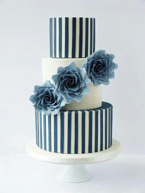 Blue flowers an a stripes