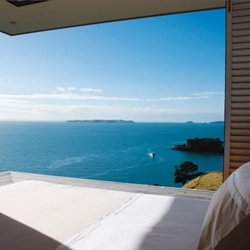 prefab holiday cabin on waiheke island, new zealand | THE STYLE FILES