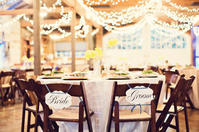 Red Barn At The Corral Ranch Central Texas Wedding Venue Coordination By Vintage Weddings Austin Vintageandlace