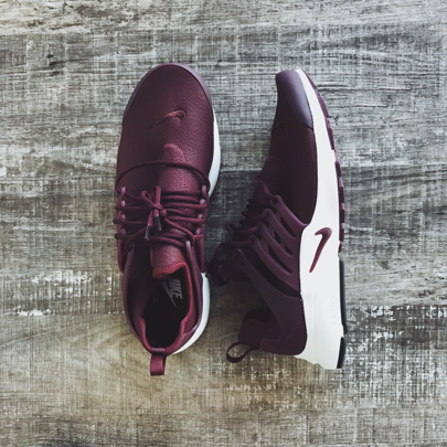 b83b2e2f5549 Nike Air Presto Premium Women s Sneaker in Night Maroon Sail Night Maroon