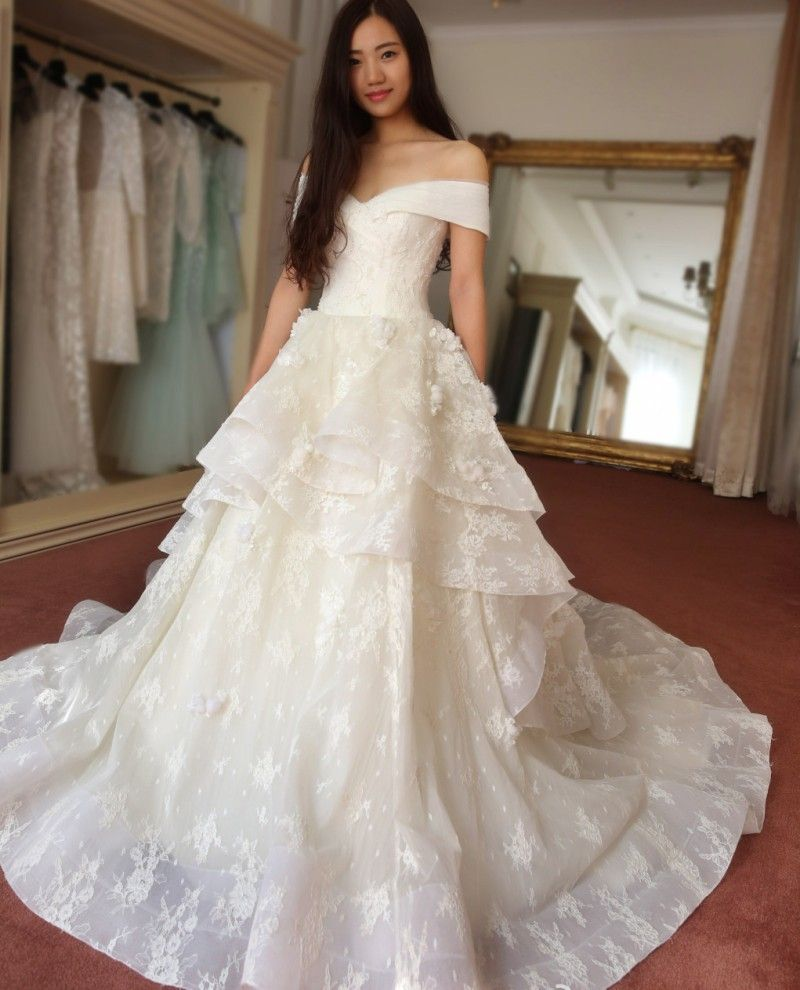 Koreanweddingdressoffshoulderballgownlacewedding wedding