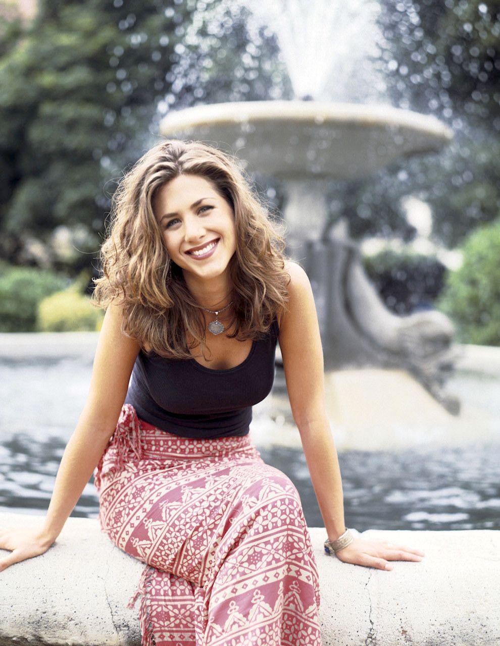 Jennifer Aniston, 1994 Friends cast, Jennifer aniston