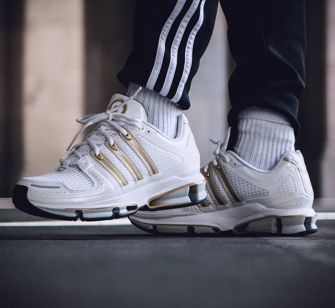 adidas a3 Twin Strike