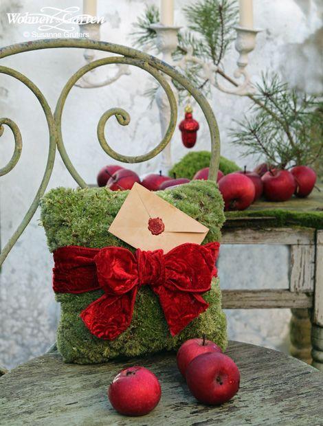 schneewei chen und rosenrot dekoideen in rot und wei blickfang im garten wohnen garten. Black Bedroom Furniture Sets. Home Design Ideas