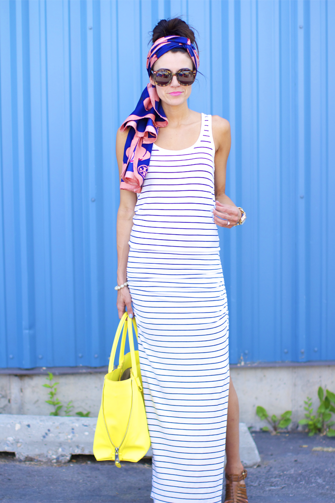Cute! Simple maxi with scarf in hair