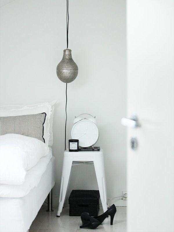 Stool Bedside Table: Interiör, Inredning, Living