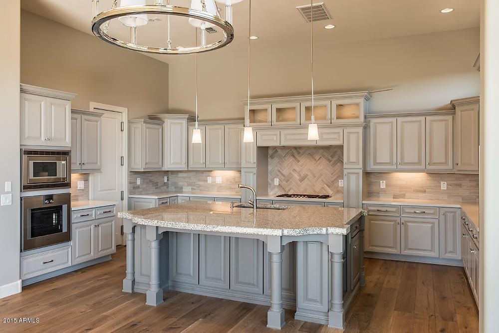 Best Traditional Kitchen With Simple Granite Counters Custom 640 x 480