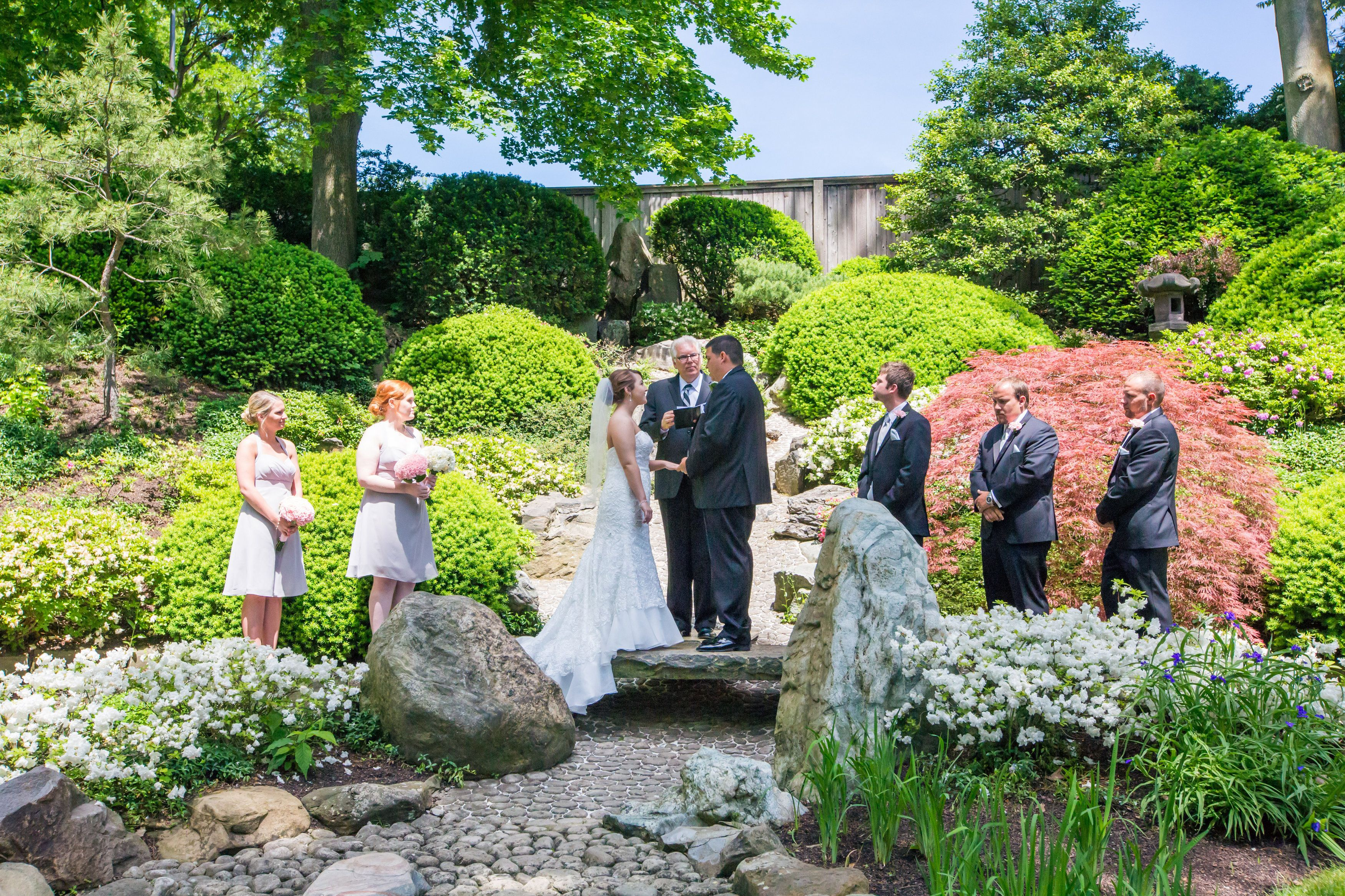 Downtown Cleveland, Ohio Wedding - Cleveland Botanical Gardens In The