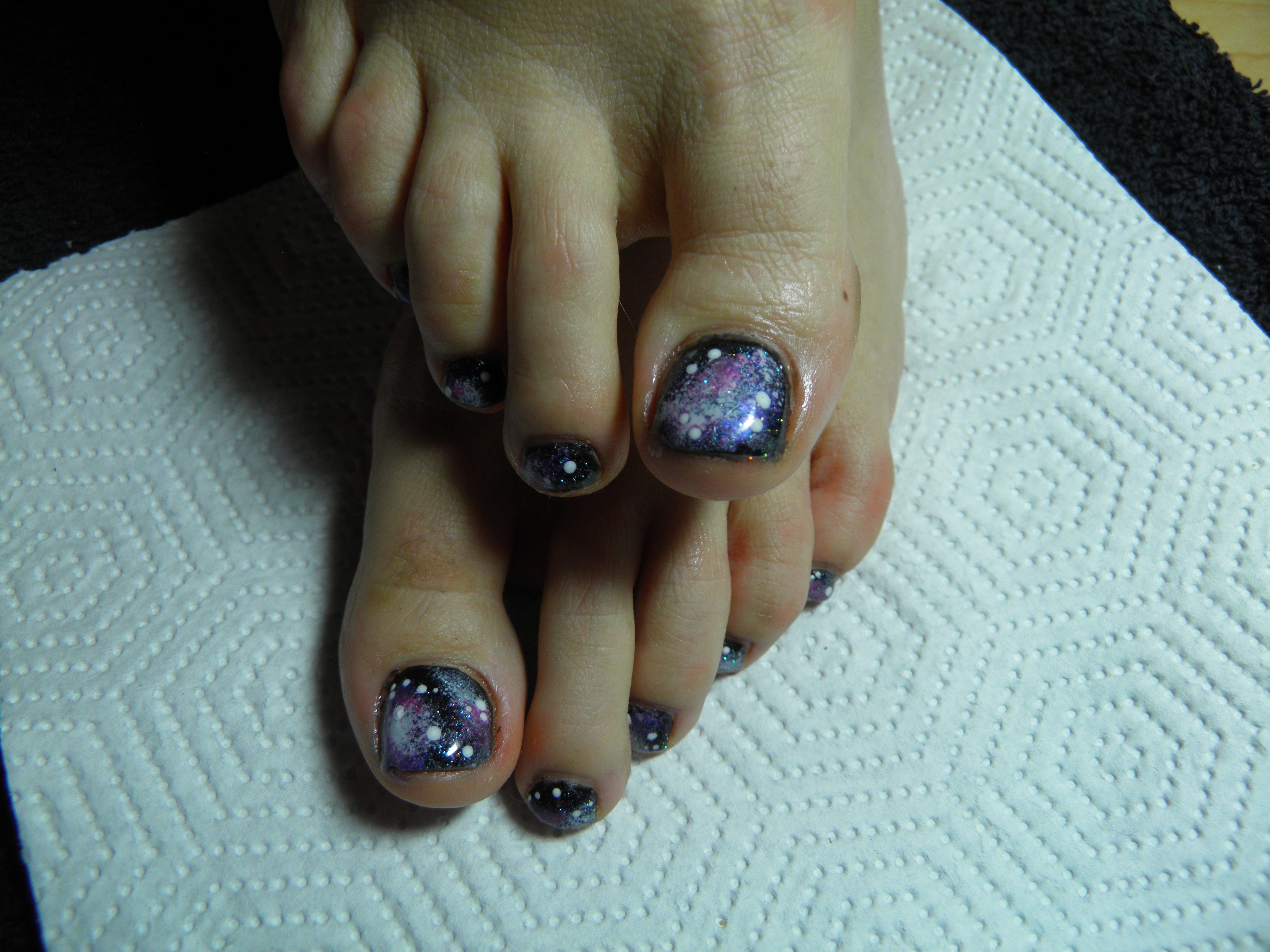Galaxy toes in Shellac