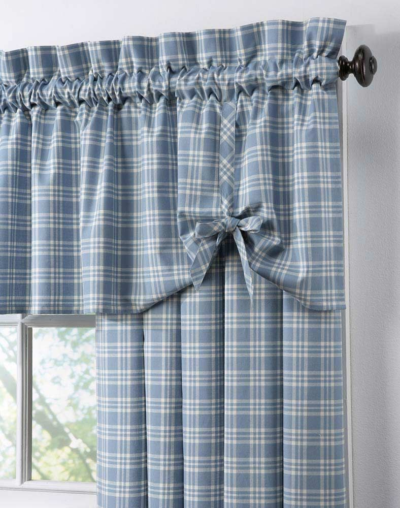 This Is A Simple Valance Idea Again More Gingham And Bows Curtains Curtains With Blinds Country Curtains