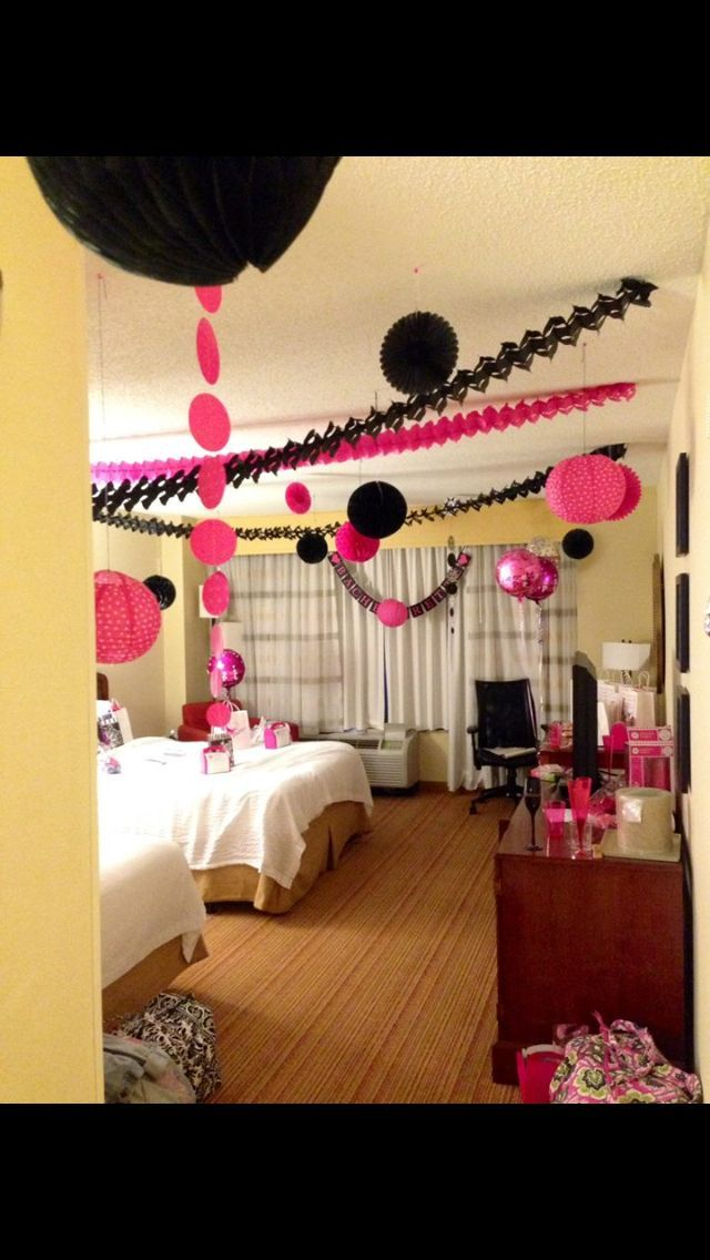 Pin by kristen delaney on showers despedida de soltera for Hotel room decor for birthday