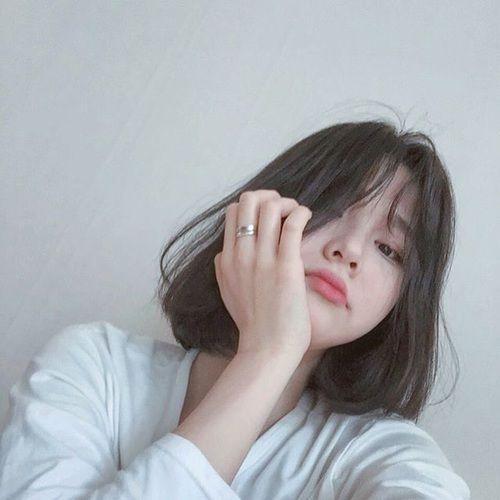 Pin Oleh Lindaap Di Ulzzang Girl Rambut Ala Korea Gaya Rambut Korea Gaya Rambut Pendek