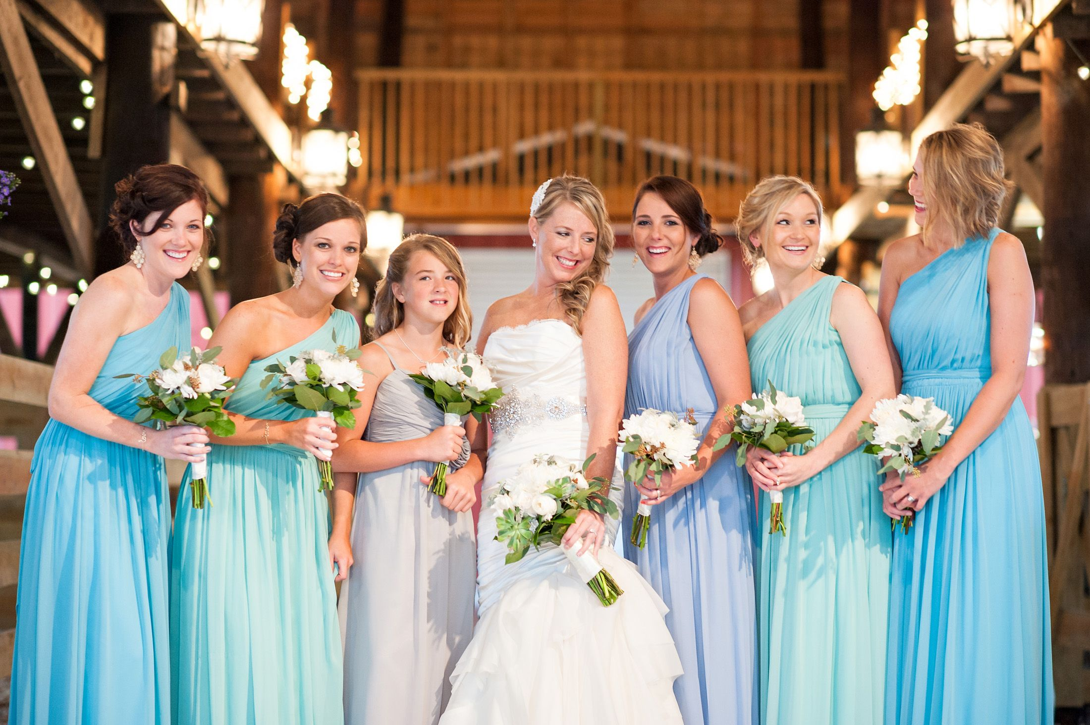 ombre bridesmaids. mint bridesmaids