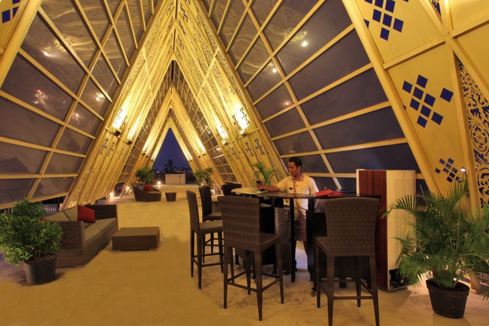 Ananta Legian Hotel / Airmas Asri