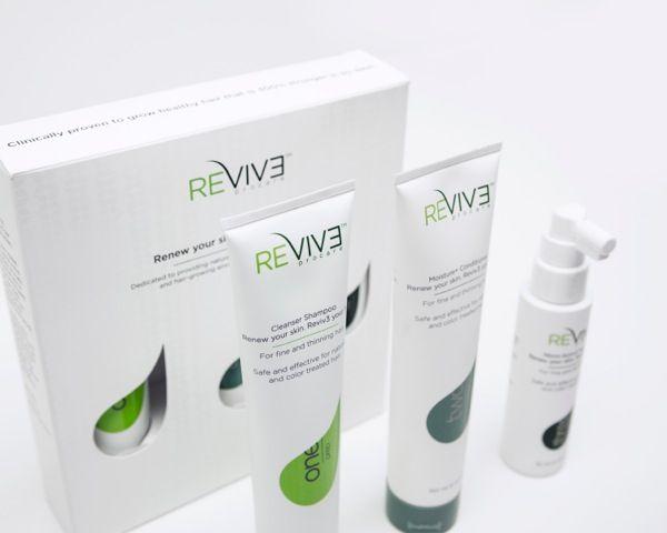 Loving my hair thanks to @reviv3   #hair #reviveyourhair http://mammanatty.com/reviv3.html