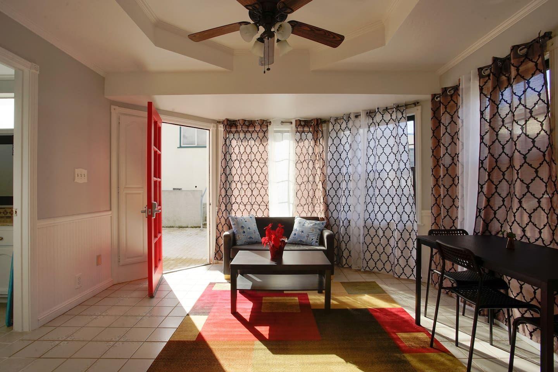 1 bedroom/1 bath/living full kitchen(Baden) Houses for