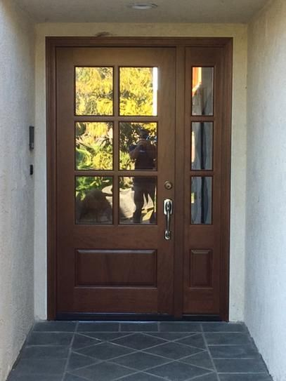 Steves Sons 52 In X 80 In Savannah Clear 6 Lite Lhis Mahogany Stained Wood Prehung Front Door With Single 12 In Sidelite M6410 1230 Ct 4ilh The Home Depo In 2020 Craftsman