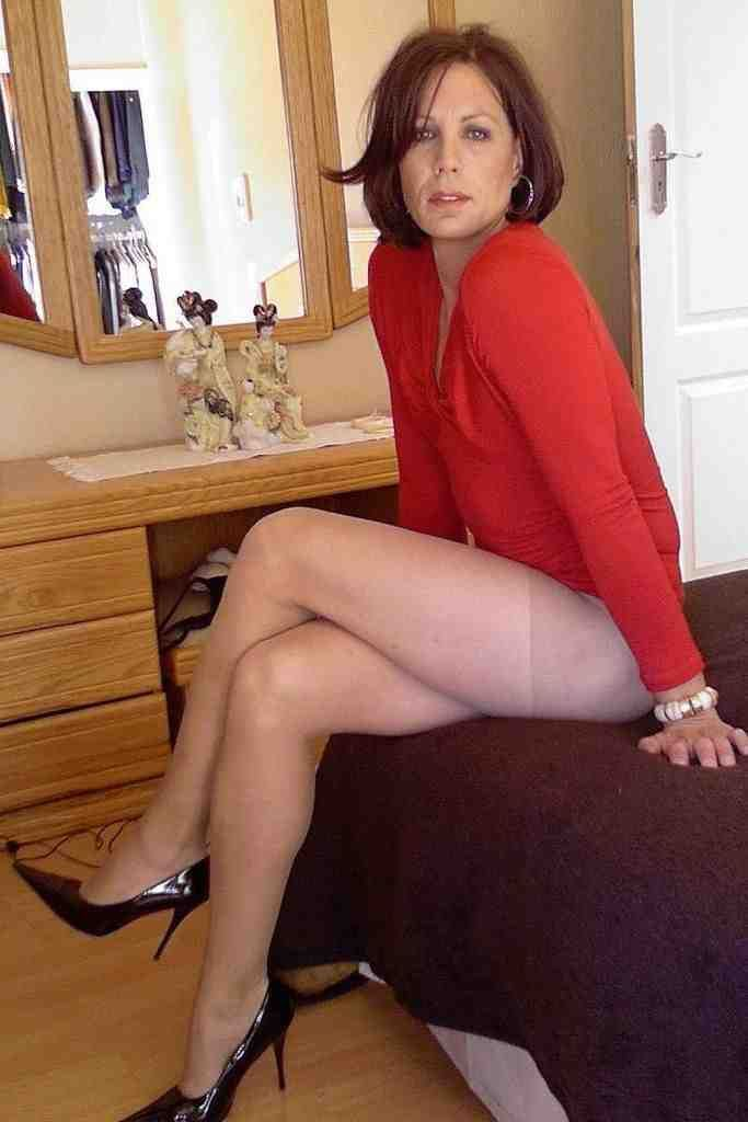 nyon cougars personals Xvideos milf-pantyhose videos, page 1, free xvideoscom - the best free porn videos on internet, 100% free.