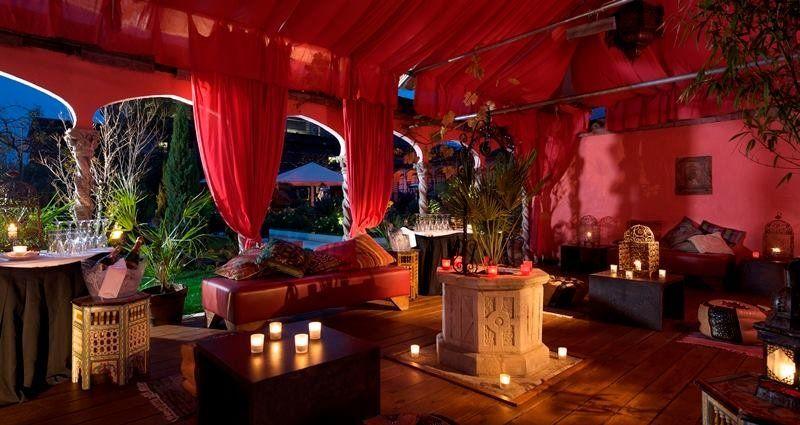 The Roof Gardens Nightclub London Feels Free To Follow Us In 2020 London Sky Garden Rooftop Garden Roof Garden