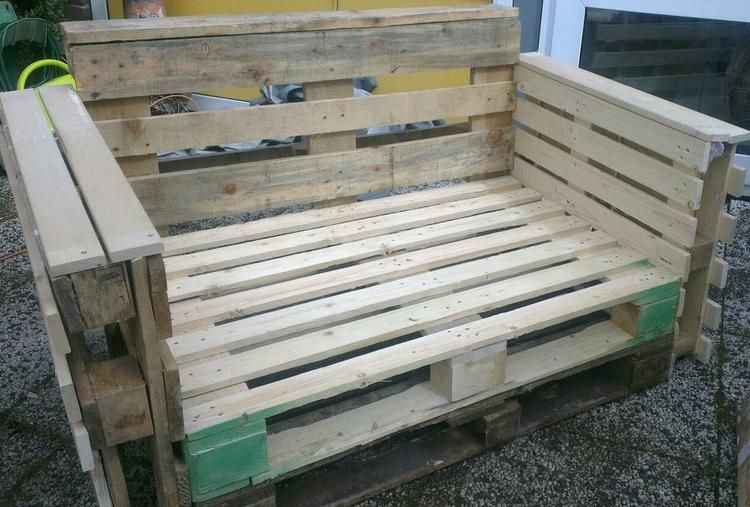 Foto zelfgemaakte bank met pallets bench made with for Bancas de madera para jardin