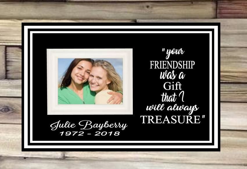 Your Friendship Was A Gift I Will Treasure Memorial Picture Etsy Memory Pictures Picture Frames In Loving Memory