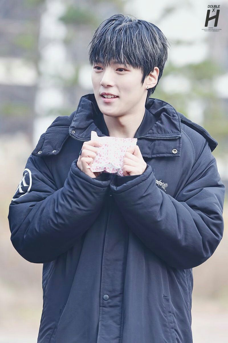 Emo boy hairstyle hd wallpaper pin by iull take you to skyway on minhyuk 이민혁  pinterest